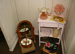 small furniture for a young girls room